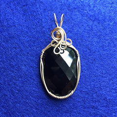 Black Onyx 14k Gold Filled Wire Pendant