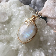 Rainbow Moonstone 14K Gold Filled Wire Wrapped Pendant
