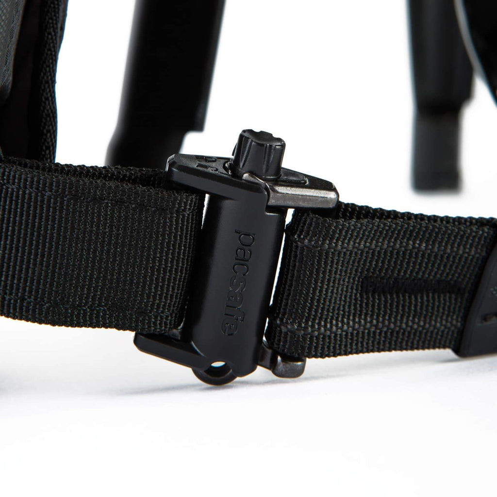 Venturesafe X Anti-Theft Sling Pack, Black