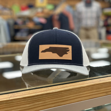 NC LEATHER PATCH HAT NAVY TRI