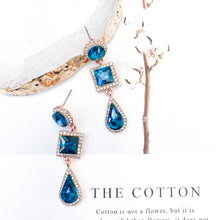 Load image into Gallery viewer, Reign Blue Earrings