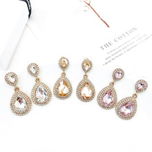 Load image into Gallery viewer, Royal Clear Earrings