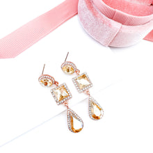 Load image into Gallery viewer, Reign Gold Earrings
