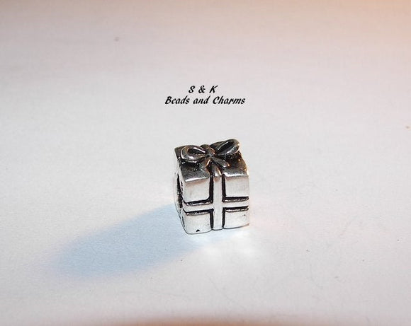 925 sterling silver gift box charm, European charms large hole  bead to fit snake chain bracelet