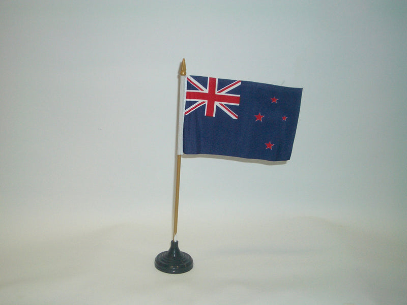 FLAG NEW ZEALAND 15X10CM DESK