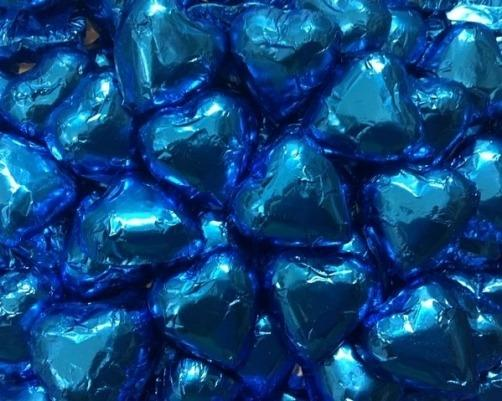 CHOCOLATE HEARTS ELECTRIC BLUE 1KG
