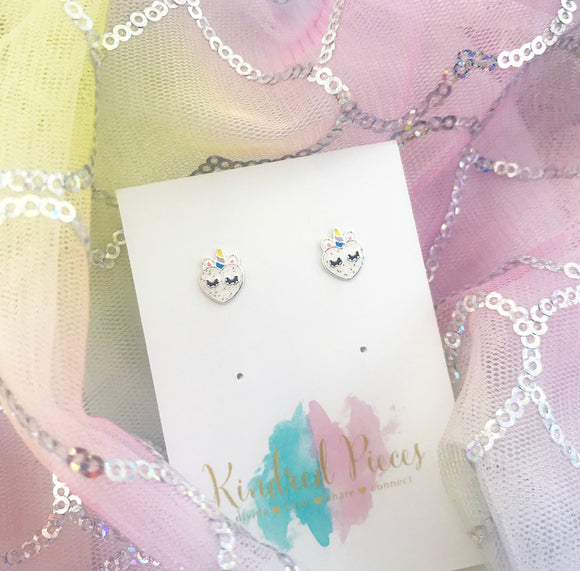 Sleepy Heart Unicorn Earrings