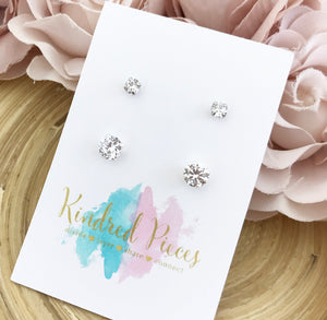 Classic Mother Daughter Solitaire Earrings Set