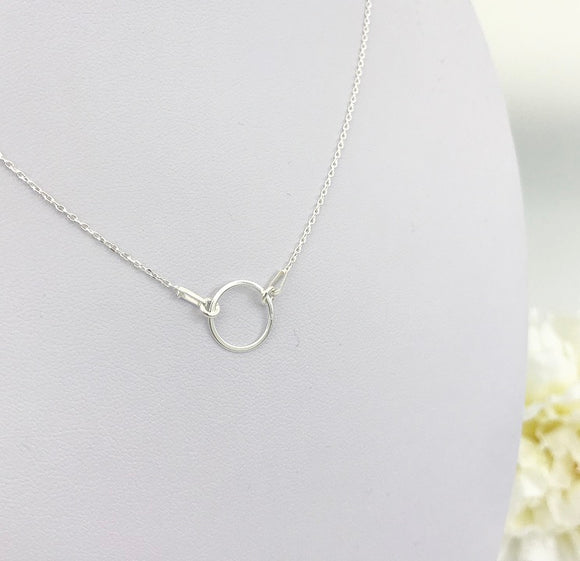 Circle connector pendant
