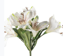 Load image into Gallery viewer, Faux lily White