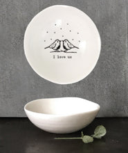 Load image into Gallery viewer, Porcelain ring dish