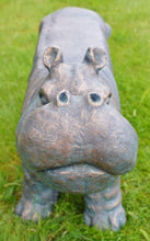 Load image into Gallery viewer, Garden stool hippo