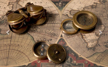 Load image into Gallery viewer, Vintage Gift compass with magnifier