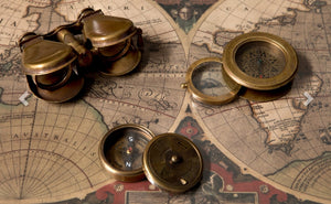 Vintage Gift compass with magnifier