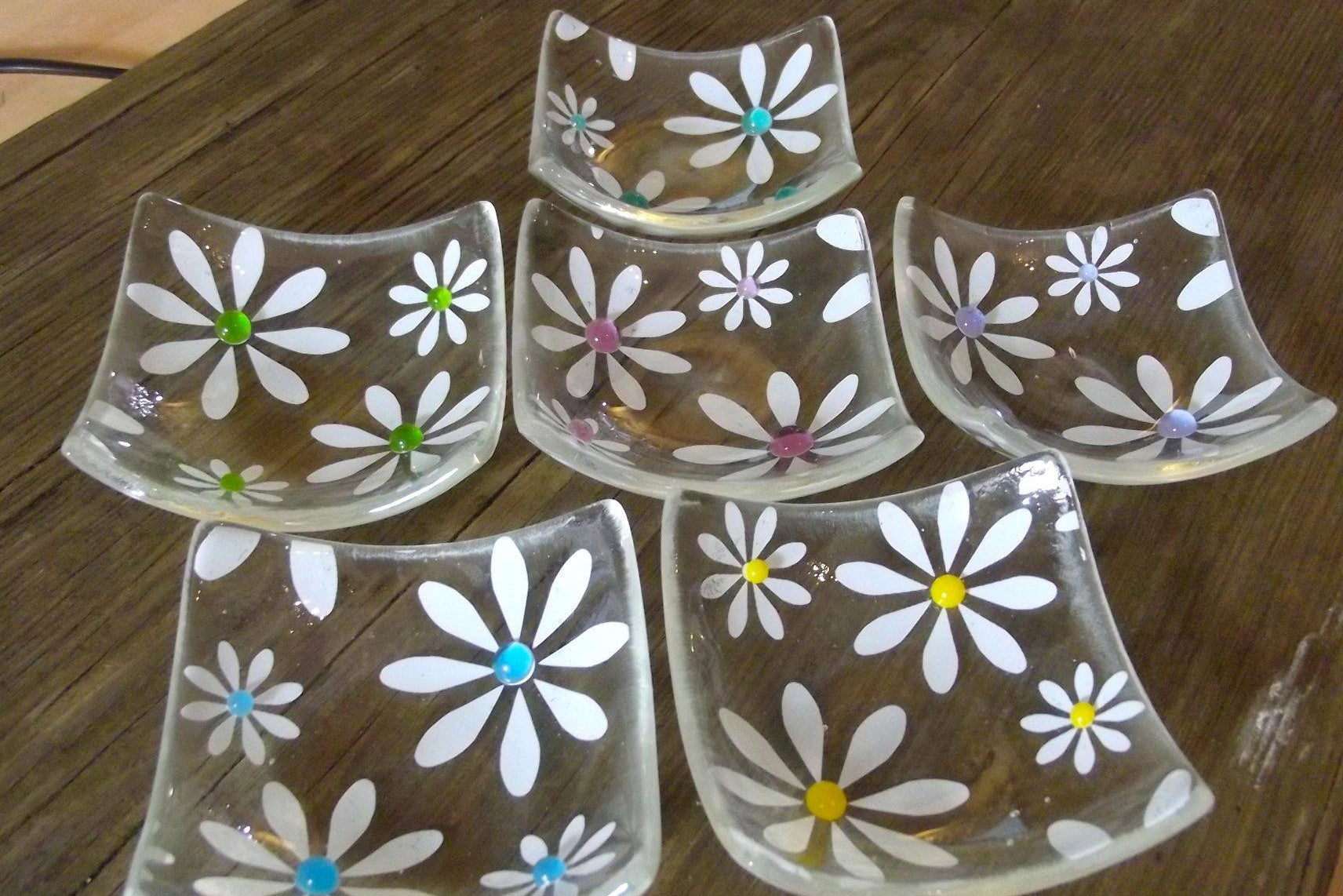 Simply Daisy Ring Dish - Small - Set of 6
