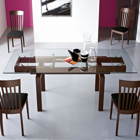 calligaris hyper extending dining table staged