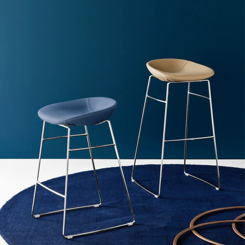 calligaris palm stool staged