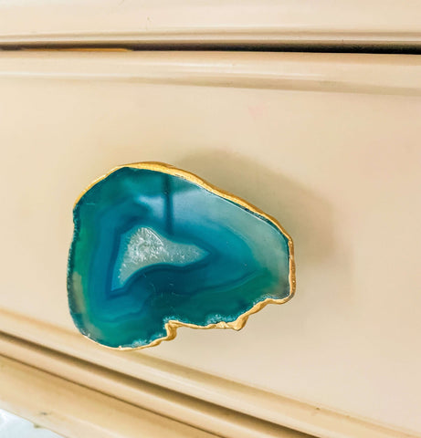 Brass Cabinet Closet Drawer Knobs Set of 6, Natural Agate Slice Cabinet Drawer Knobs, Knobs and pulls, agate slice knobs, Christmas gifts, Unusual drawer knobs UK, miniature drawer knobs UK, vintage drawer knobs, resin drawer knobs, knobs for drawers