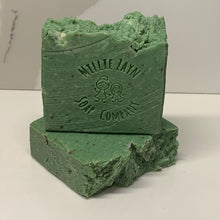 Load image into Gallery viewer, Eucalyptus & Mint soap