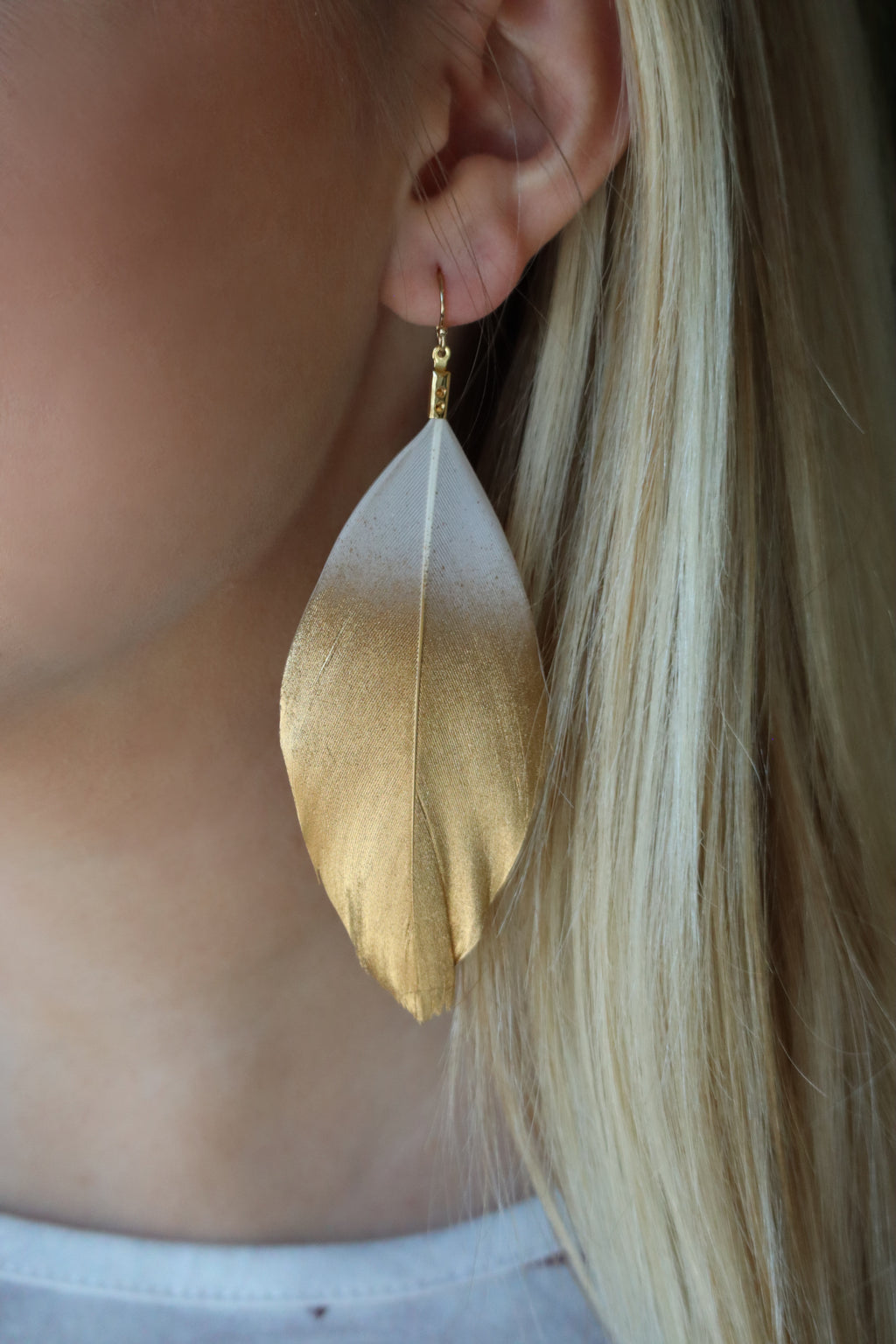 FLAVIA'S FEARLESS FEATHER EARRINGS - GOLD & WHITE