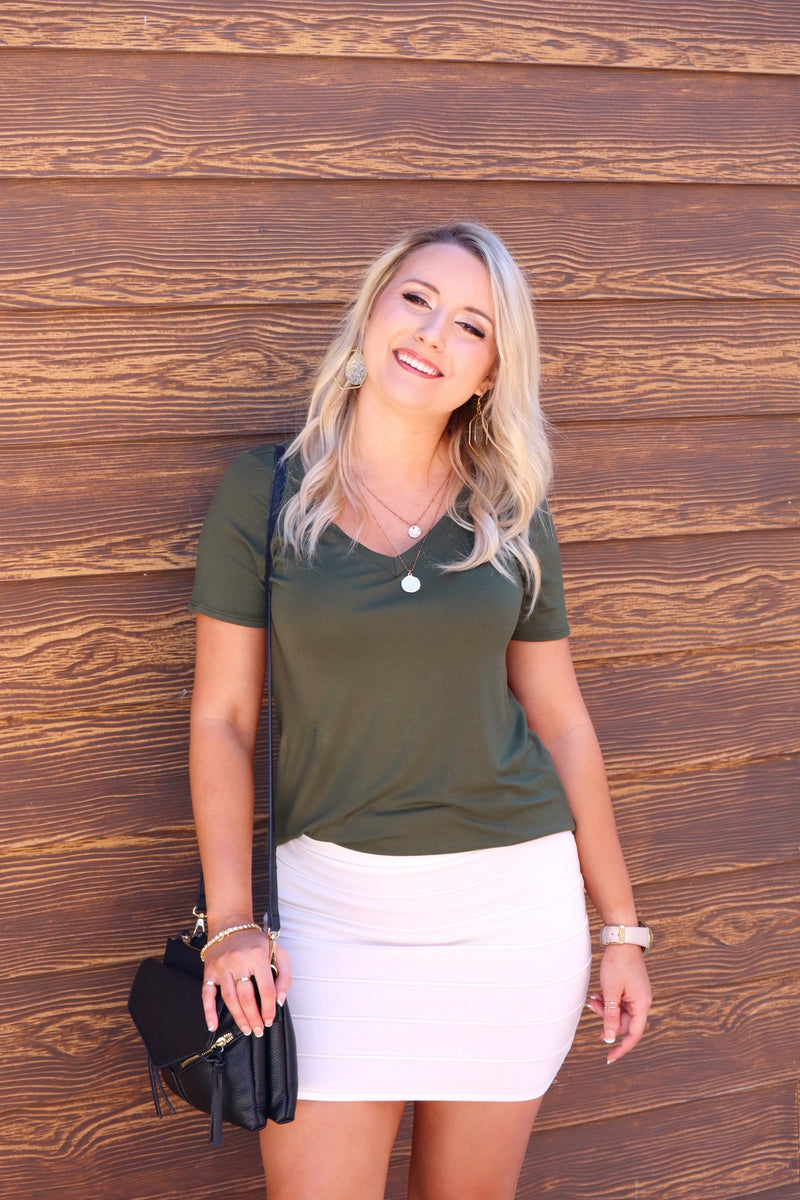 DIANA'S SWEET TEE SOLID SHORT SLEEVES TOP - OLIVE