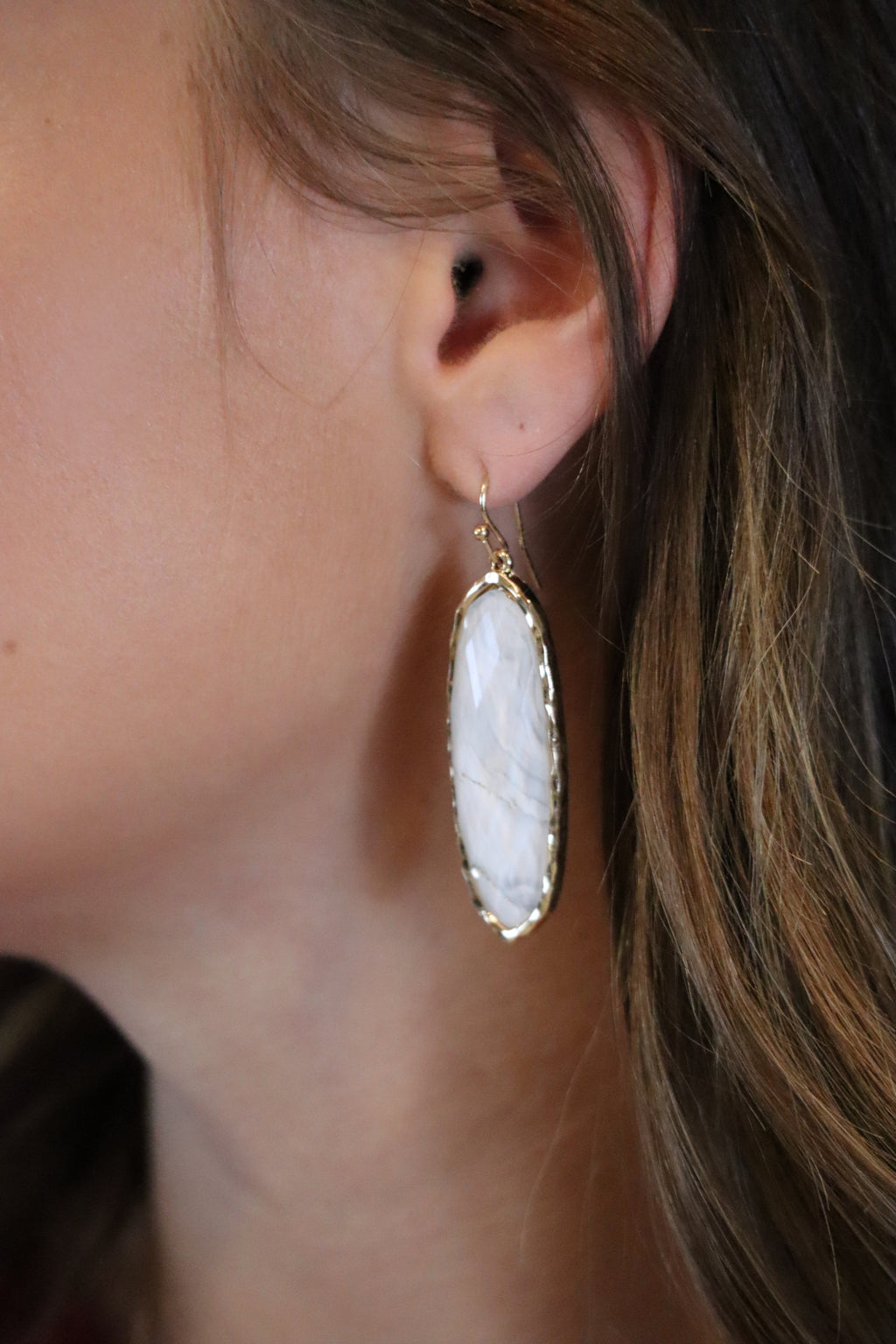 MARGIE'S MARBLED EARRINGS - GOLD/WHITE