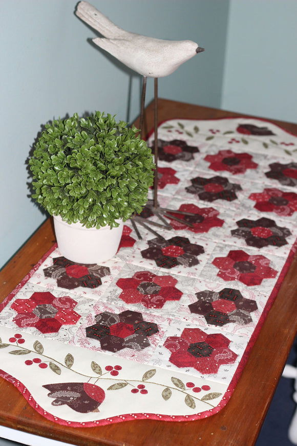 Table Runners & Cushions