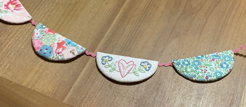 pic of LAHFA Mini Bunting project