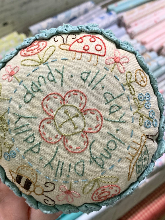 Dilly Dally Pincushion Pattern