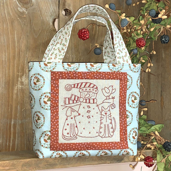 Snowy & Friends Christmas Bag Kit – Pale Blue/Cream