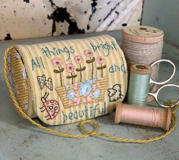 Bright & Beautiful Sewing Roll – Kit