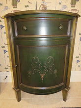 Load image into Gallery viewer, DARK GREEN FRENCH COUNTRY STYLE HAND PAINTED SOUTH CONE ACCENT/END TABLE