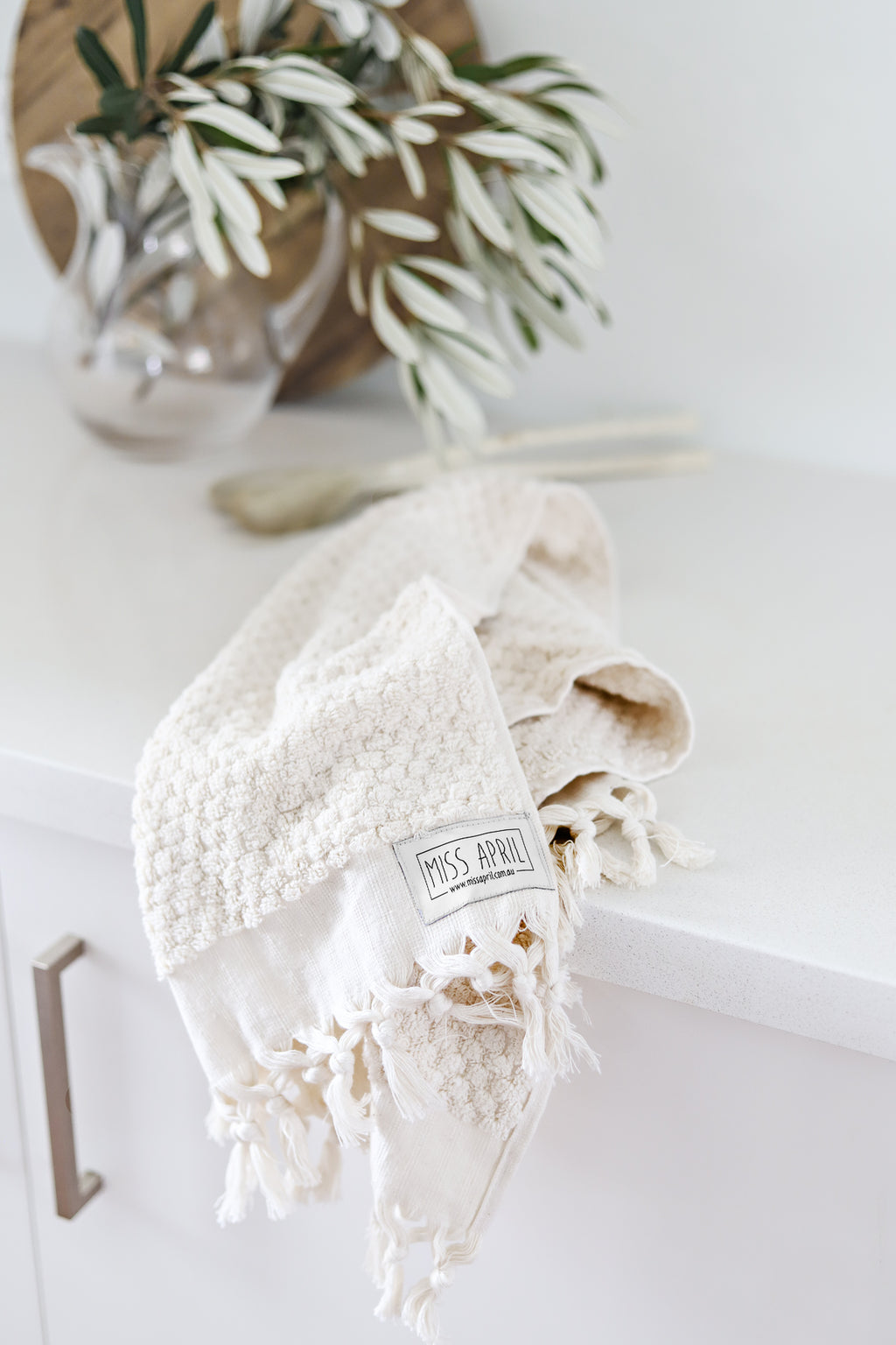 Pom Pom Hand Towel - Natural