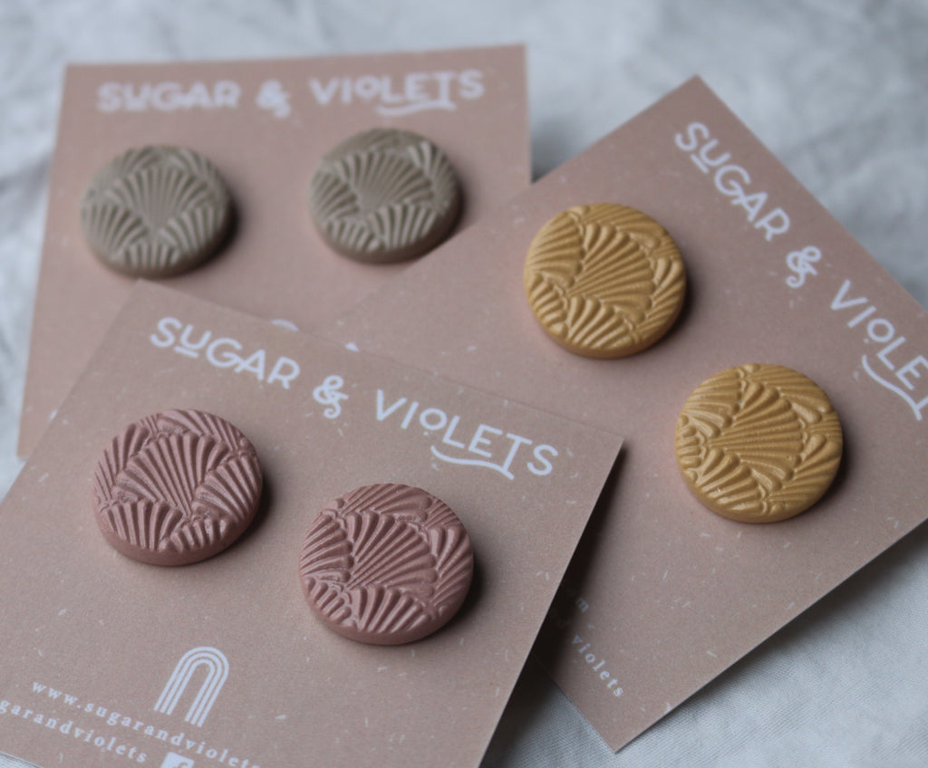 Shell Clay Studs - Musk