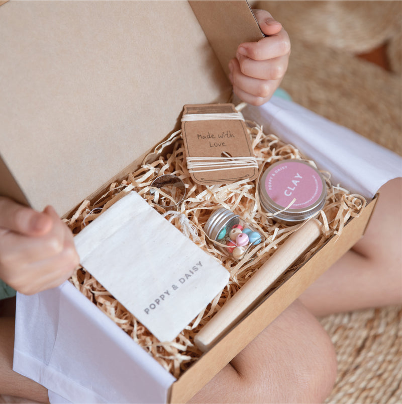 Create Friendship Necklaces Kit