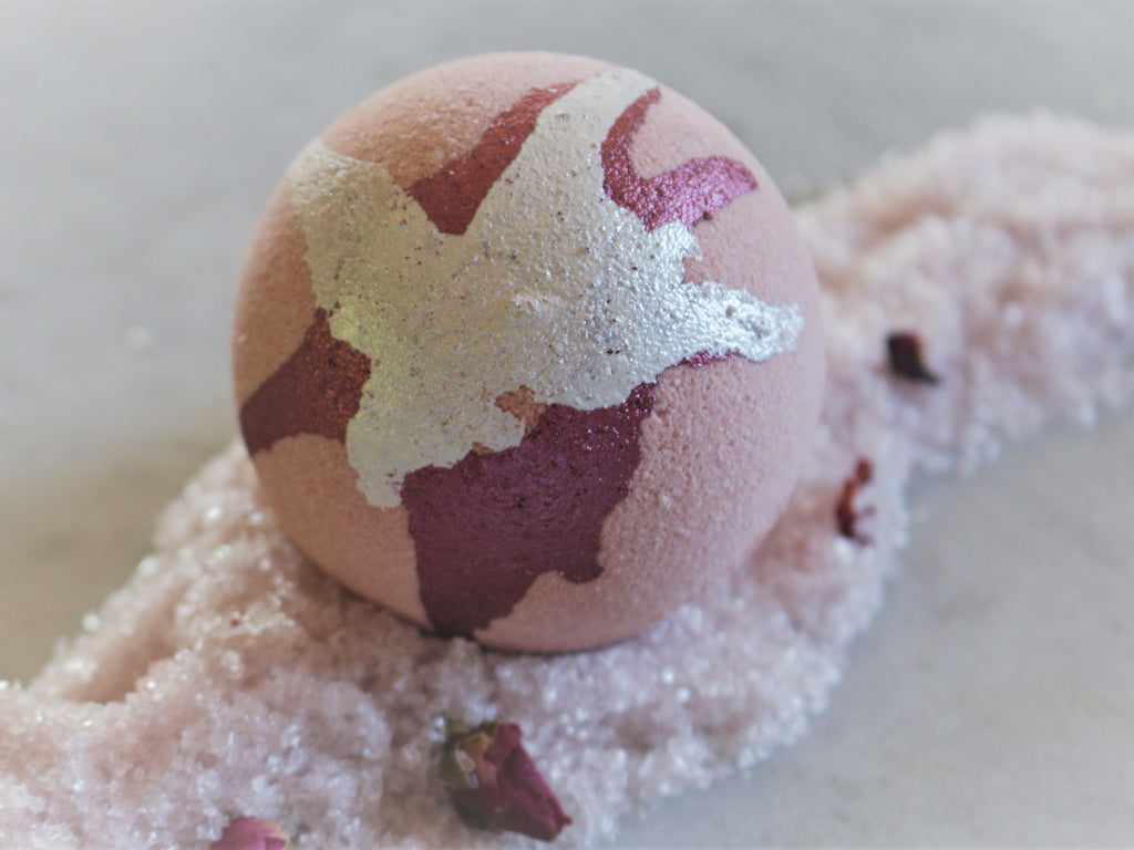 Black Raspberry and Vanilla Goats Milk Bath Bomb