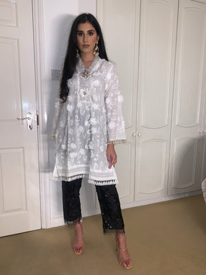 Load image into Gallery viewer, Sehri White Kurta