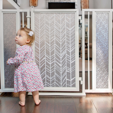 Fusion Gates Baby & Dog Gates for Bannisters, Chevron Trail in White