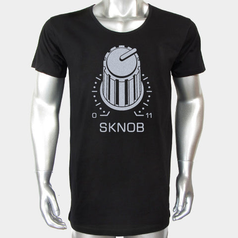 SKNOB (Long Body Scoop Neck Tee)