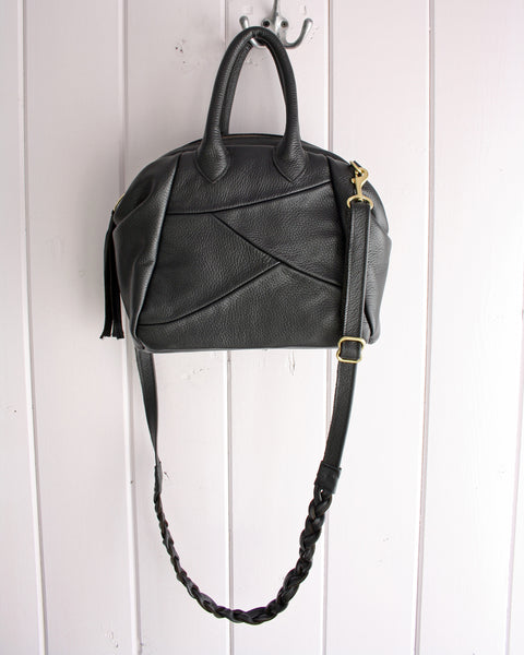 Cascadia Handbag in black leather