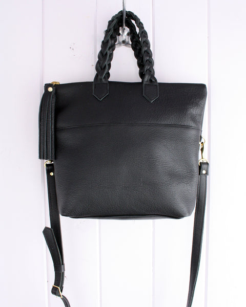 Convertible cross-body leather tote bag in Black- African Graphic lining