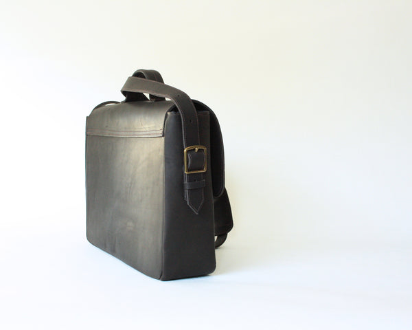 Men's Messenger Leather Laptop Bag - Dark Brown