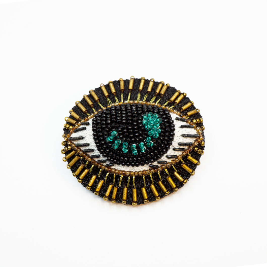 GAZE eye brooch