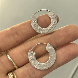 SMALL RETICULATED HOOPS - Amabis