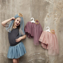 Laden Sie das Bild in den Galerie-Viewer, TULLE SKIRT W/VEIL -  PLUM