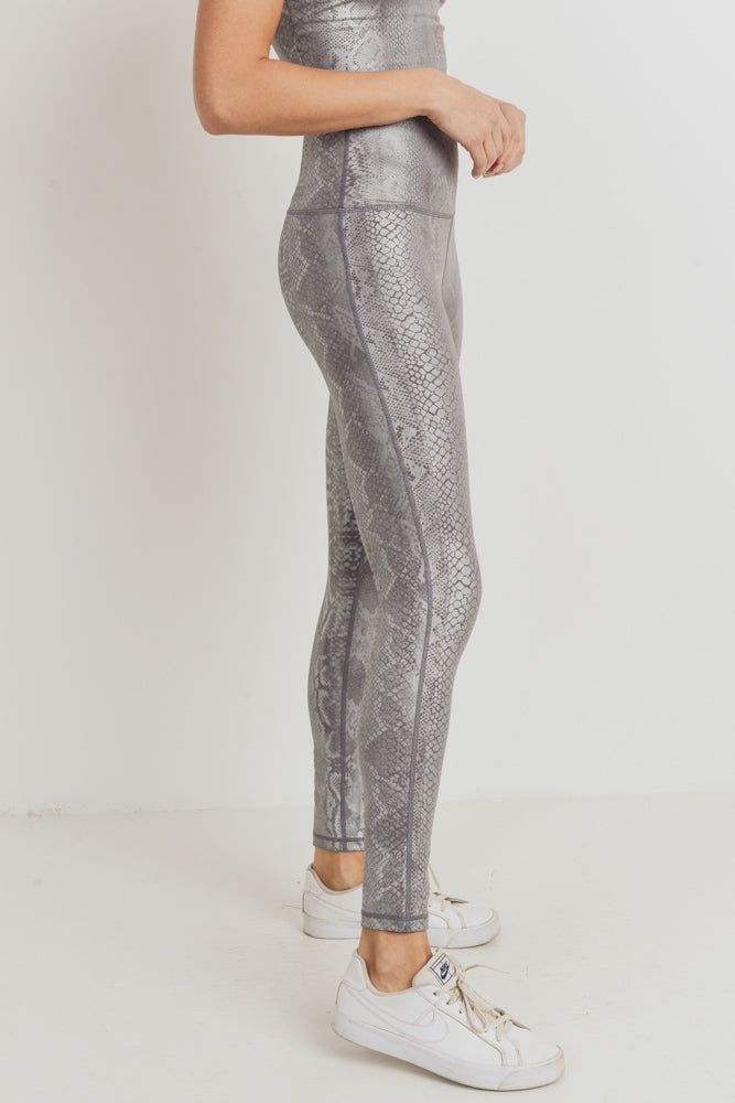 SILVER SNAKESKIN LEGGINGS | + SIZES AVAILABLE