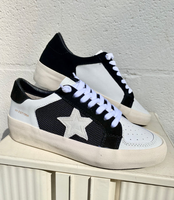 Black and White Star Sneaker