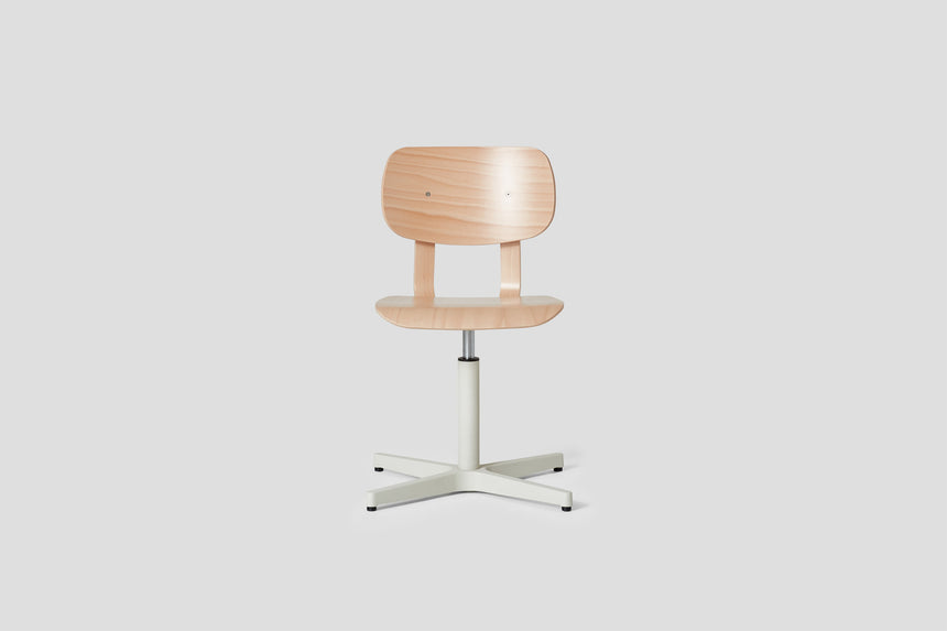 HD Chair - Pedestal, Beech