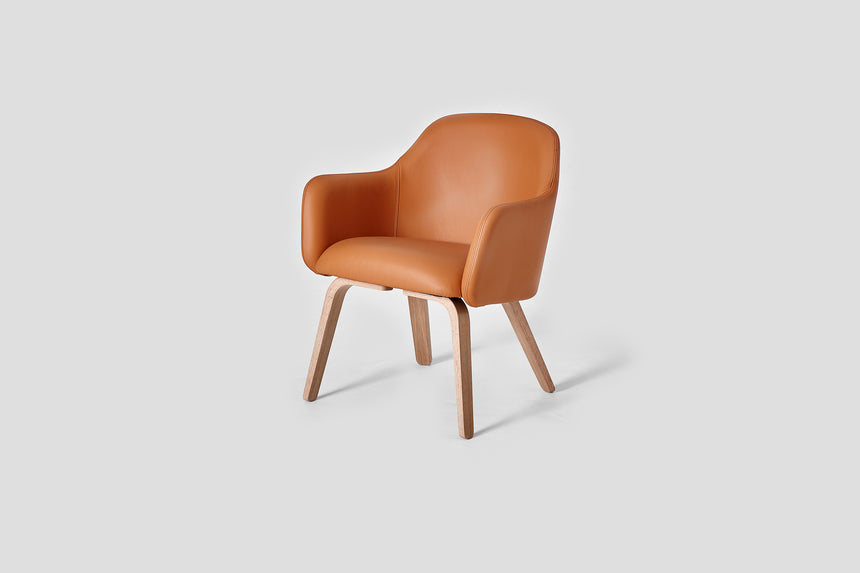 MT Lounge Chair