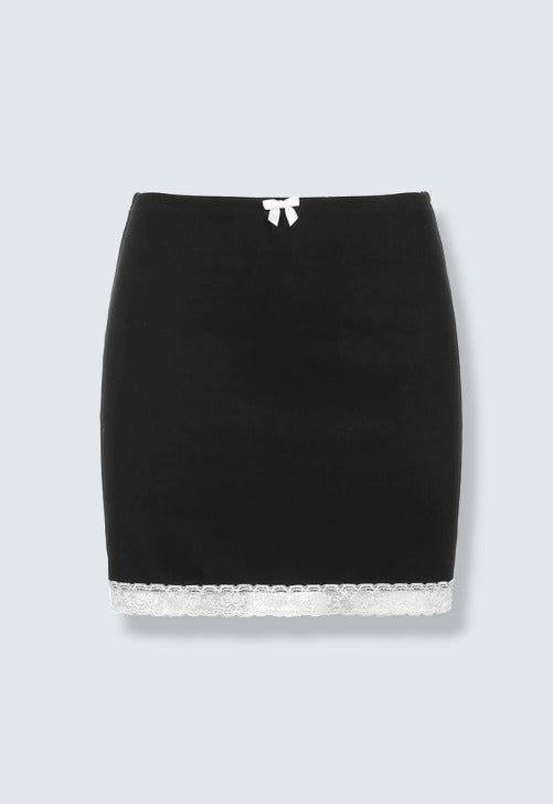 Laden Sie das Bild in den Galerie-Viewer, Nora Black Lace Mini Skirt